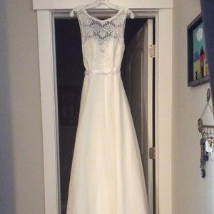 Wedding Gown - Never Worn